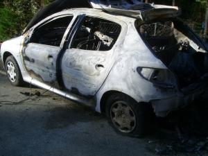 Auto brulée